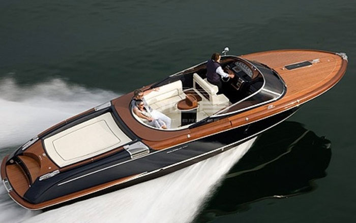 yacht boat ntk marine charter france
