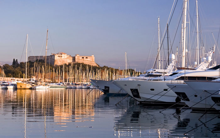 yacht boat ntk marine place de port