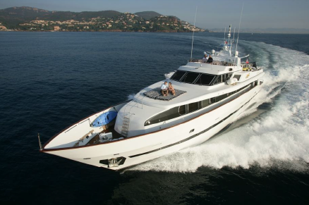 LOCATION-AZIMUT-110-CHARTER-YACHTS-BOATS