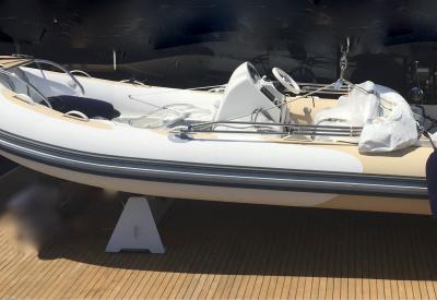 AVON Seasport 470 De Luxe